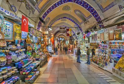 Learn about the most famous markets in Istanbul cover