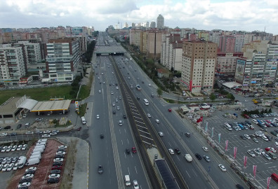 أشهر الطرق السريعة في اسطنبول cover