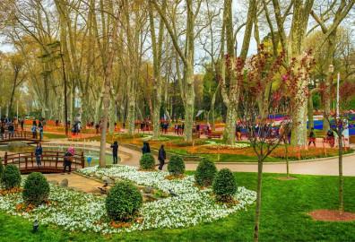 أشهر الحدائق في إسطنبول ...لا تفوّت زيارتها cover